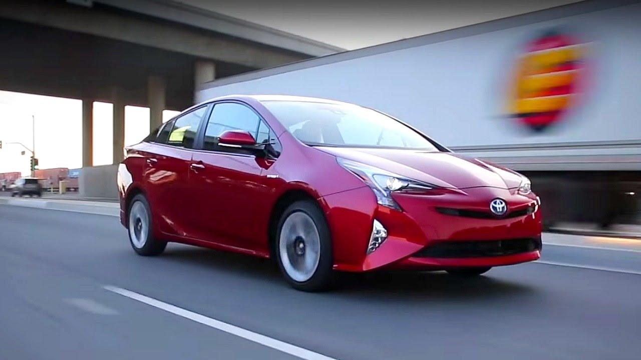 Тойота приус 2017 года новая модель цена